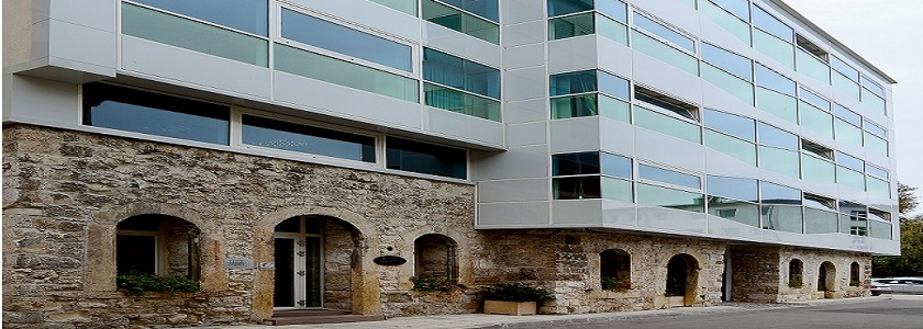 Upgrade with three floors and a terrace floor for public service, city of Varna